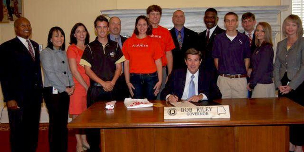 ALDOT promotes teen driver safety week with pilot project