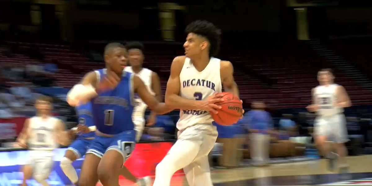 Decatur Heritage boys advance to championship on buzzer beater