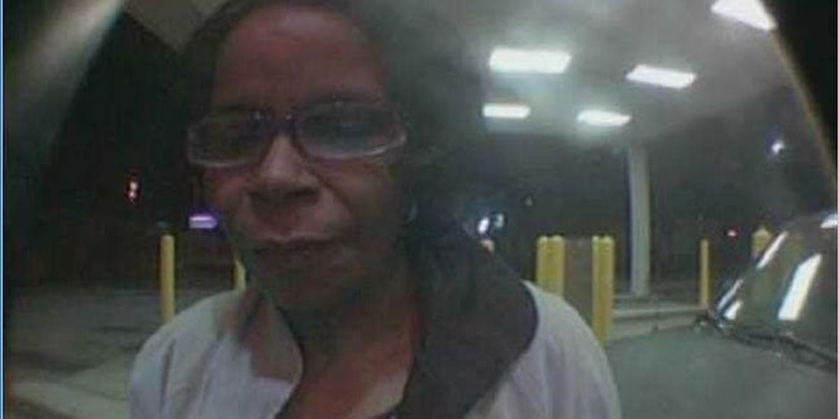 Crime Stoppers: Apartment visitor becomes theft suspect