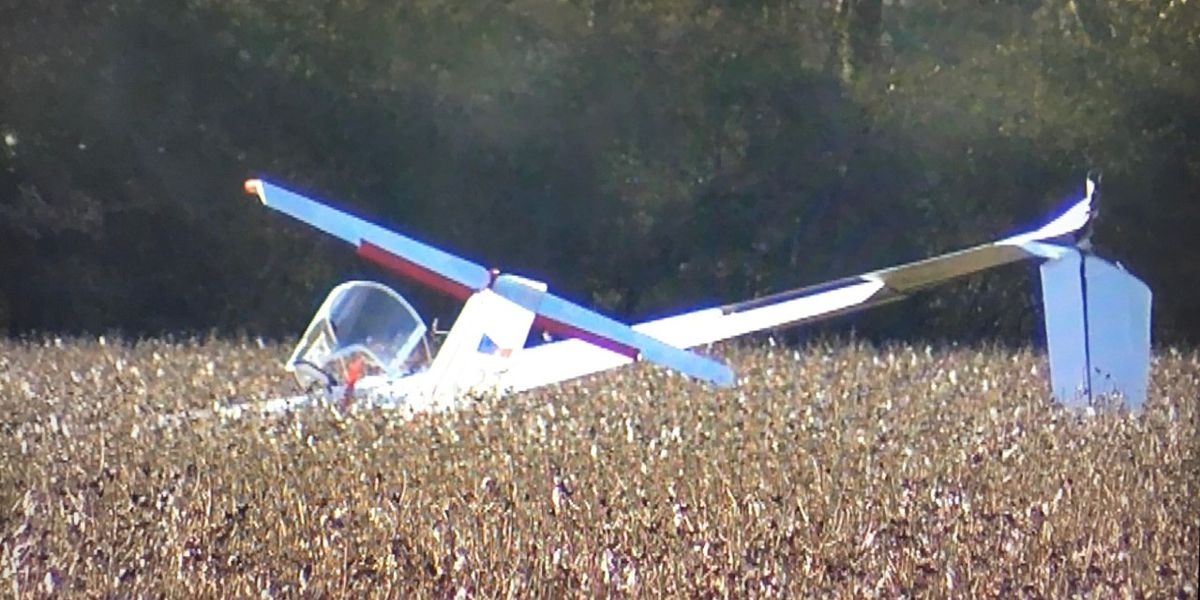 Two people injured in glider plane crash