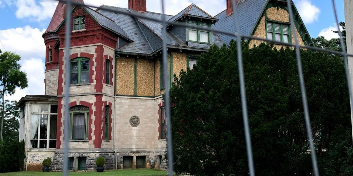 The story of Huntsville's Kildare-McCormick Mansion and its notorious owners