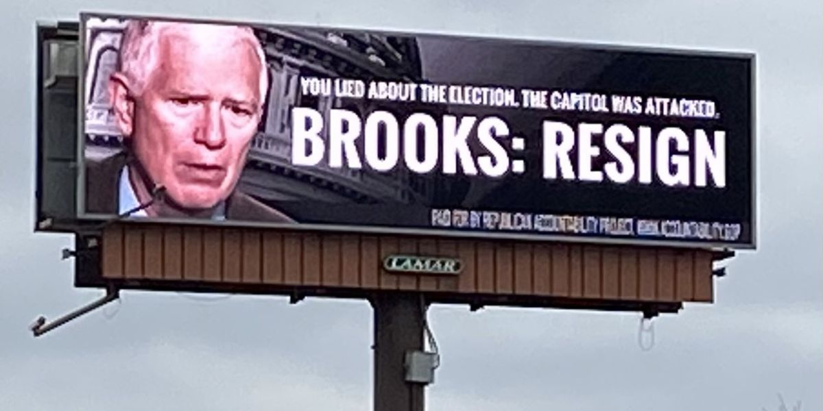 Billboards up across Huntsville call for Rep. Mo Brooks to resign