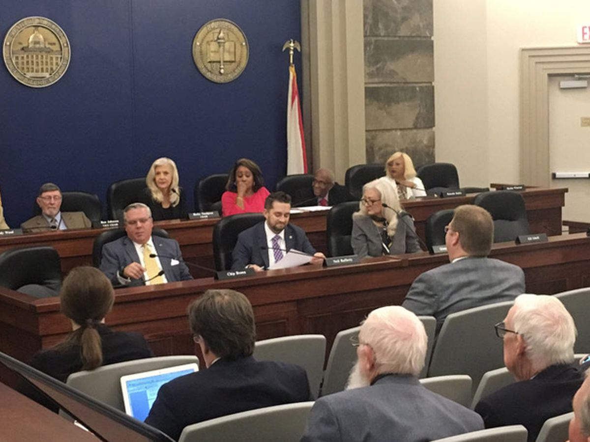 Ala. lottery bill undergoes changes in House committee