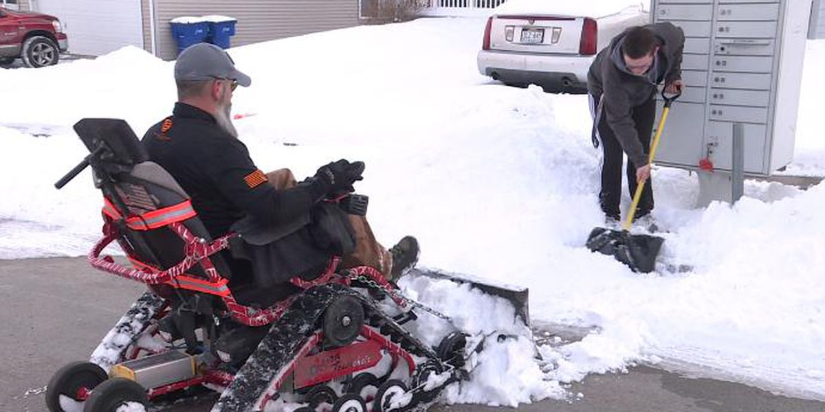 Iraq war veteran and teen next door partner up to remove neighborhood snow