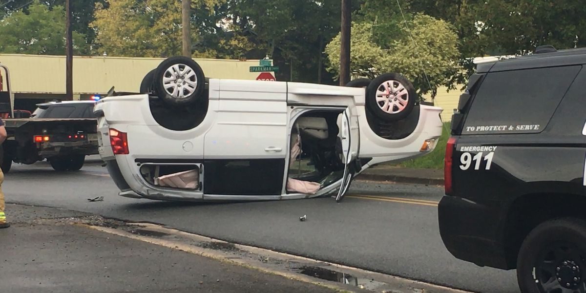 One car flipped in Hartselle crash; No injuries