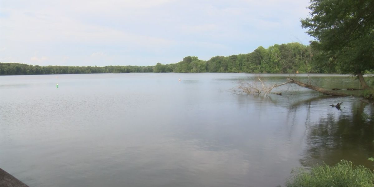 Multiple fishermen not comfortable eating fish from Flint Creek in Decatur