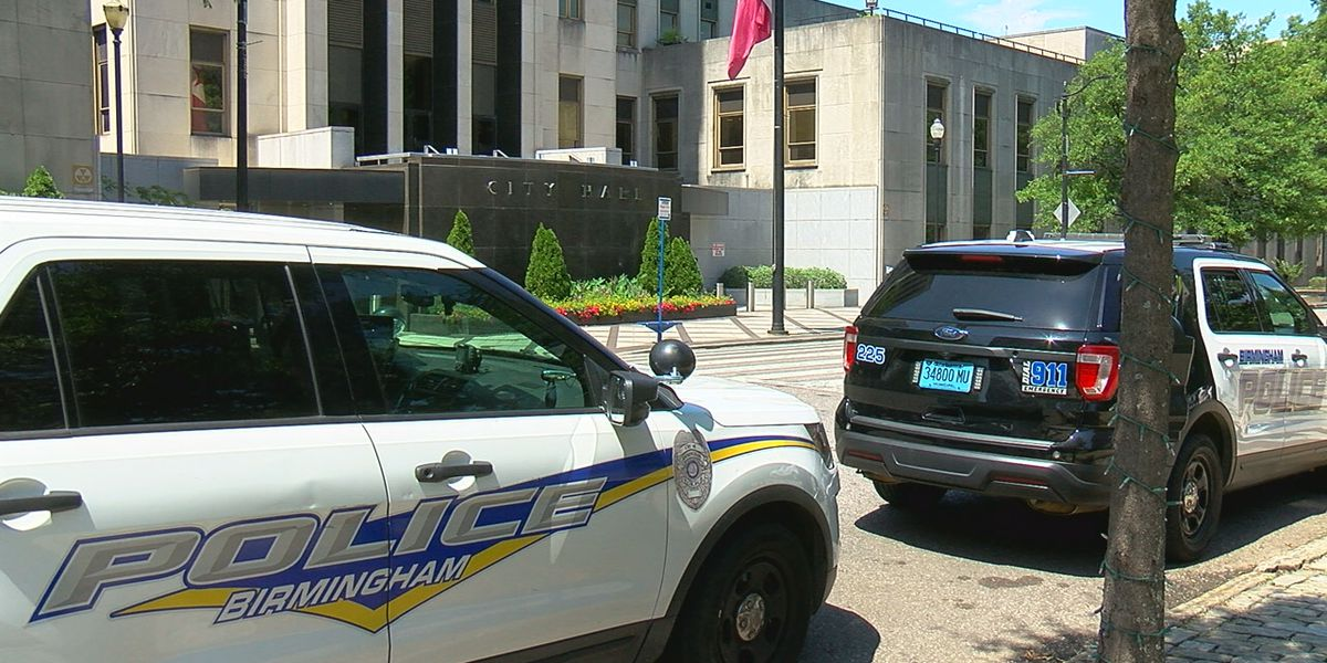 Mayor's proposed budget includes increase for Birmingham Police Department