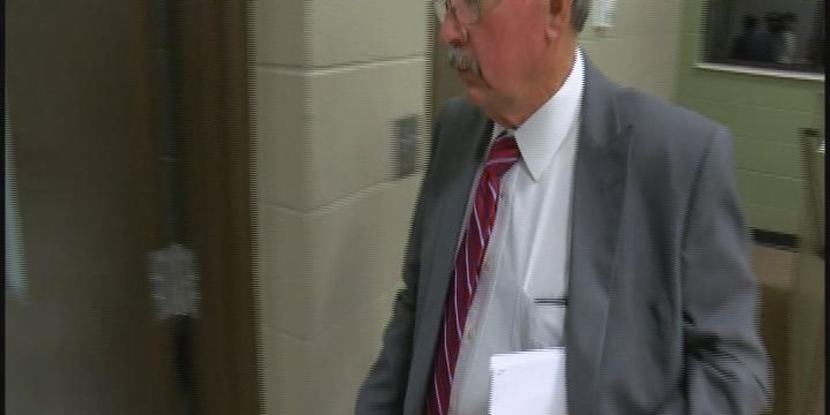 Jackson County school board member reprimanded for leaking confidential info