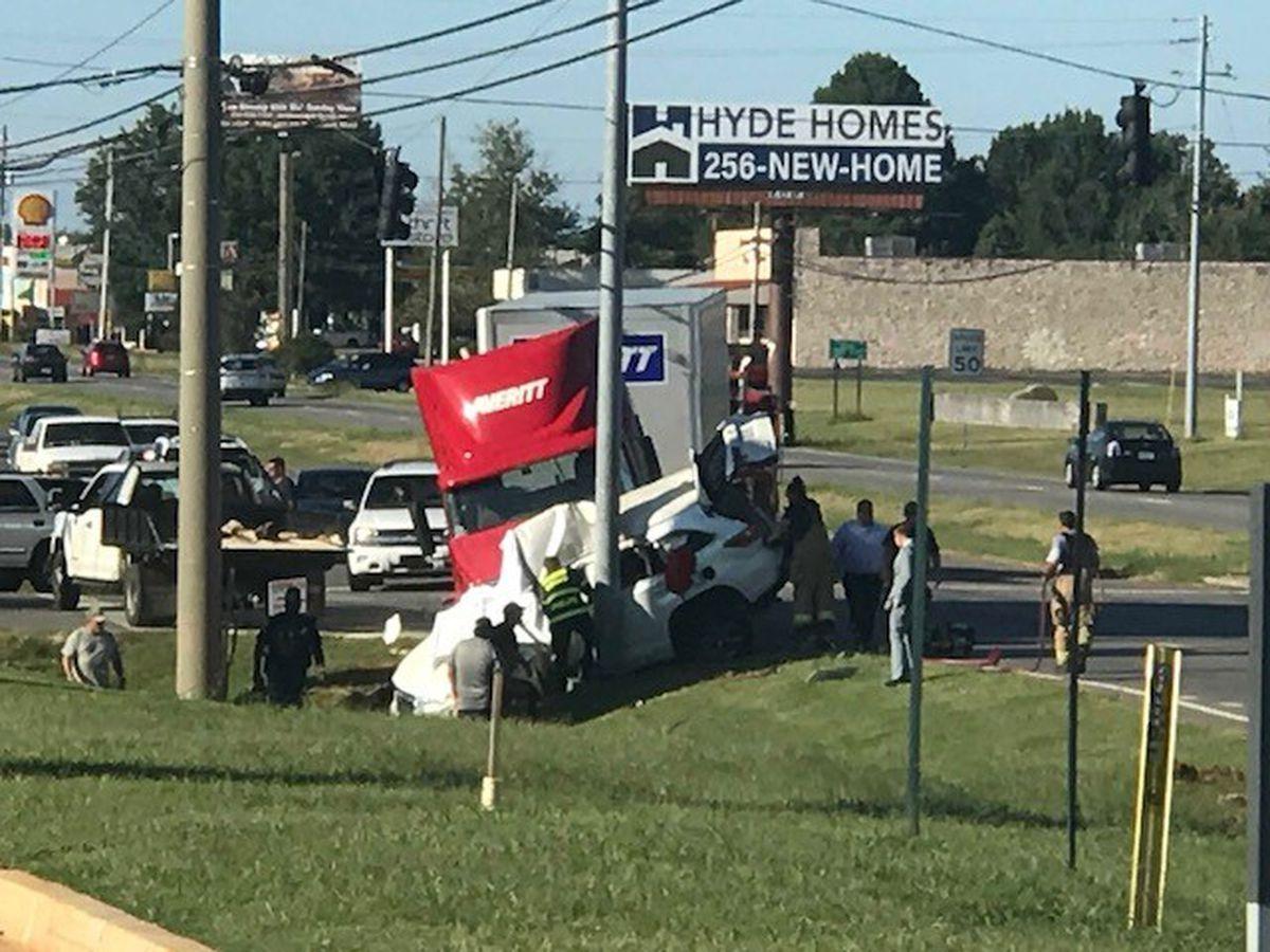 Woman killed in 18-wheeler wreck in Meridianville