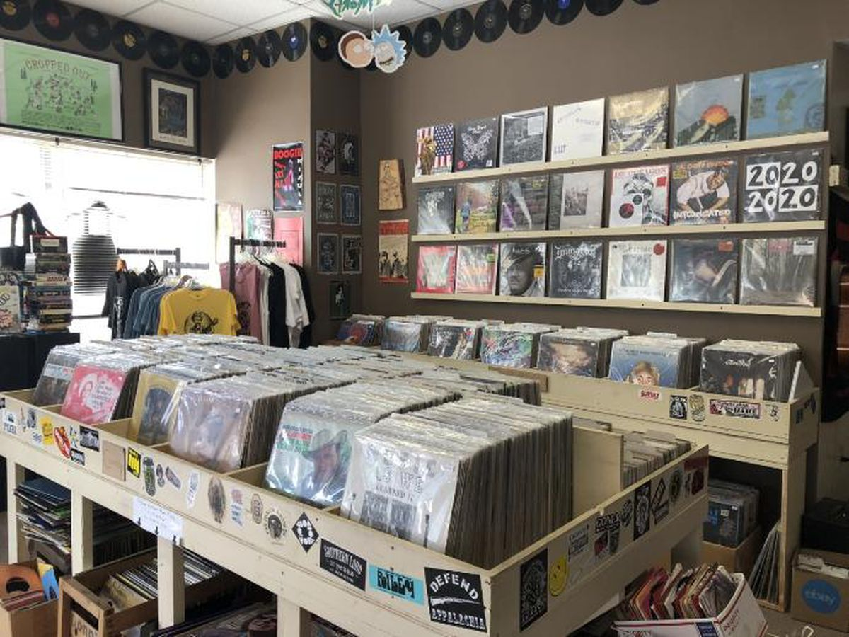 Vinyl records expected to outsell CDs in 2019 for the first time since 1980s