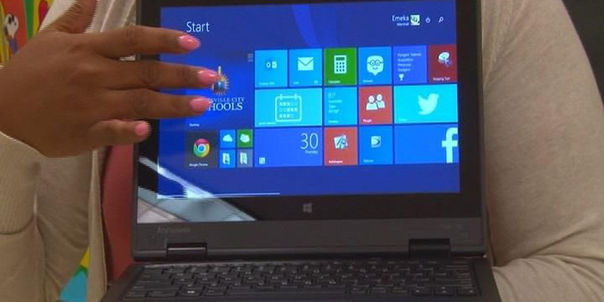 Huntsville city students hit the classroom with new laptops
