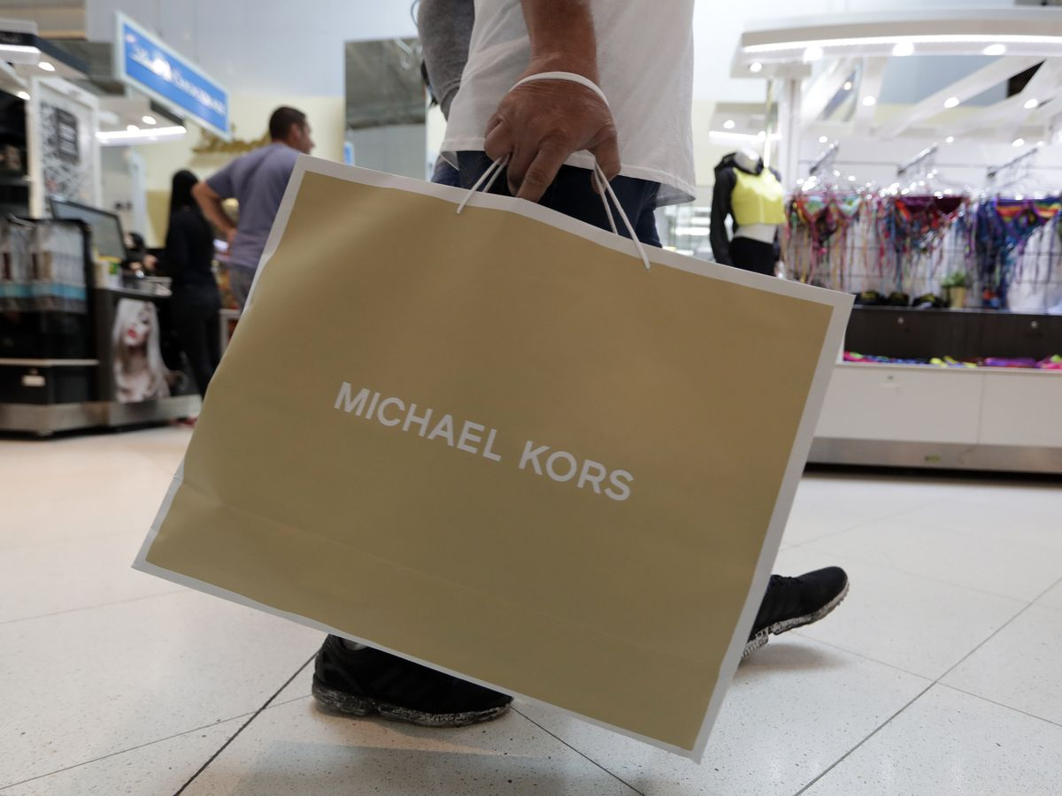 US retail sales rose 0.2% in Nov., helped by holiday boost