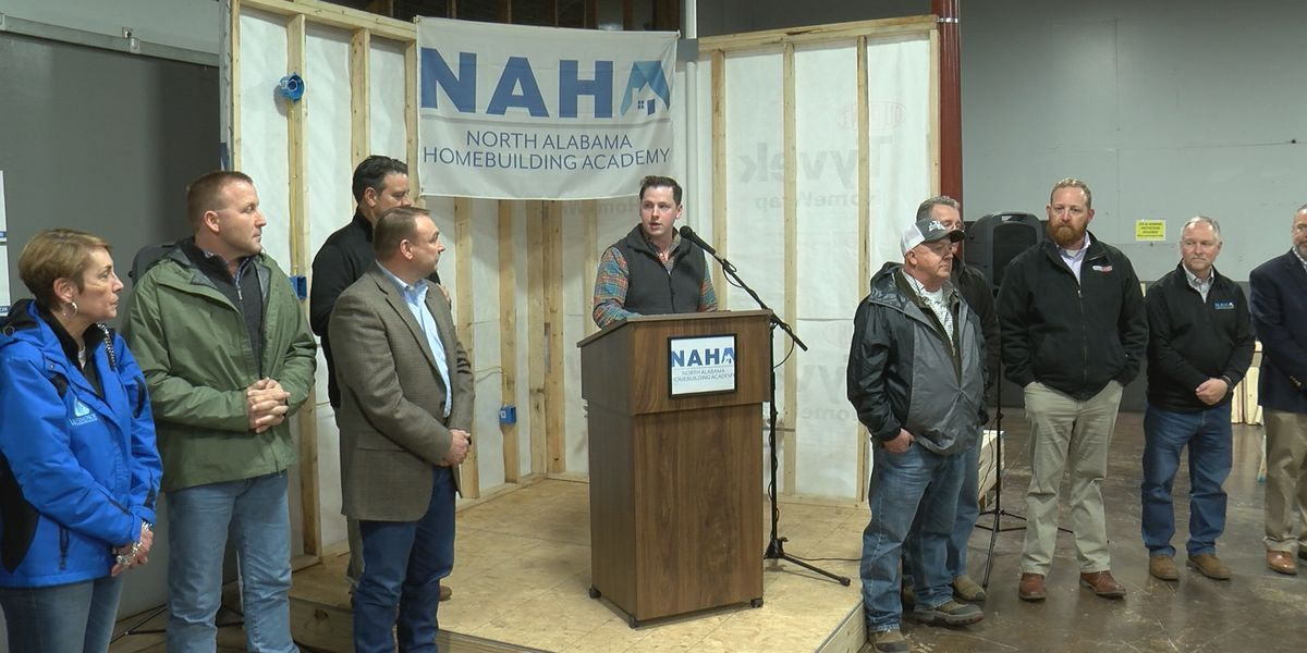 Free home builders school has 440 applicants after one month