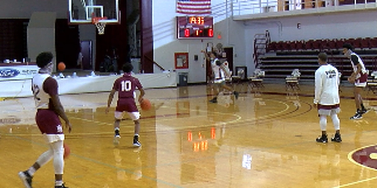 Bulldogs return to Elmore Gym for first home games of the 2020-21 Season
