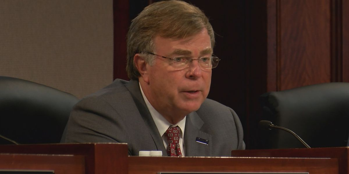 Huntsville City Council fails to override mayor's veto on pay raise, but issue will return