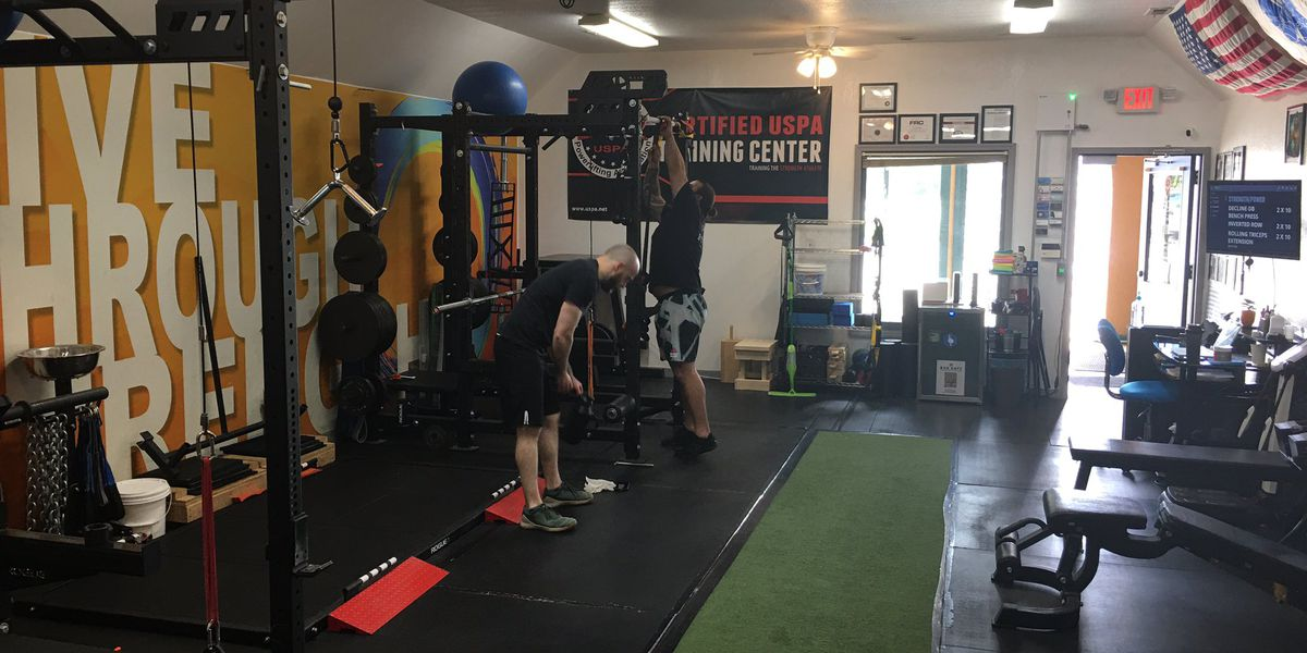 Small Huntsville gym happy to reopen to loyal members