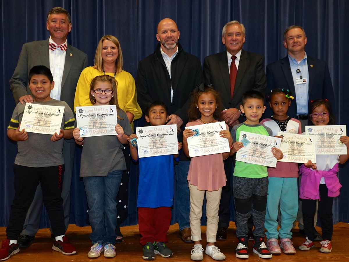Local government works to recognize its students as 'superheroes'