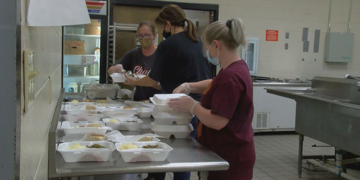 Jackson County School cafeteria workers out due to COVID, admin staff steps up to serve meals