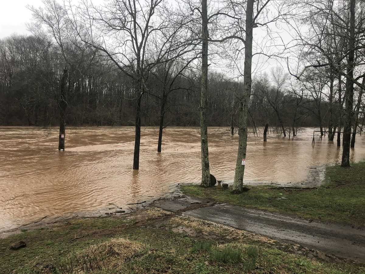 Near record flooding projected on the Tennessee River