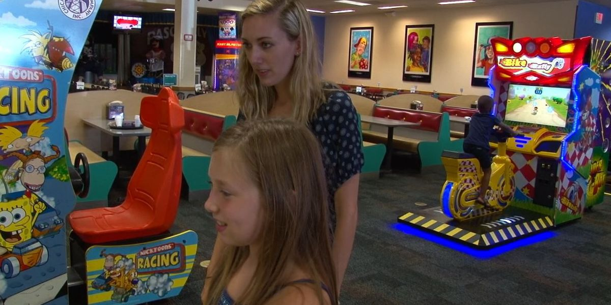 Kim's Kids: Big Sister Jamie is teaching 8-year-old Kallie a few things