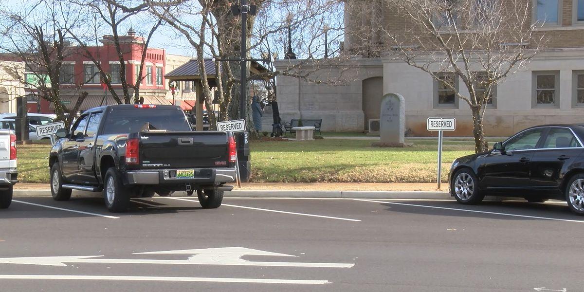 Bench dedications to honor 3 treasured Limestone County residents
