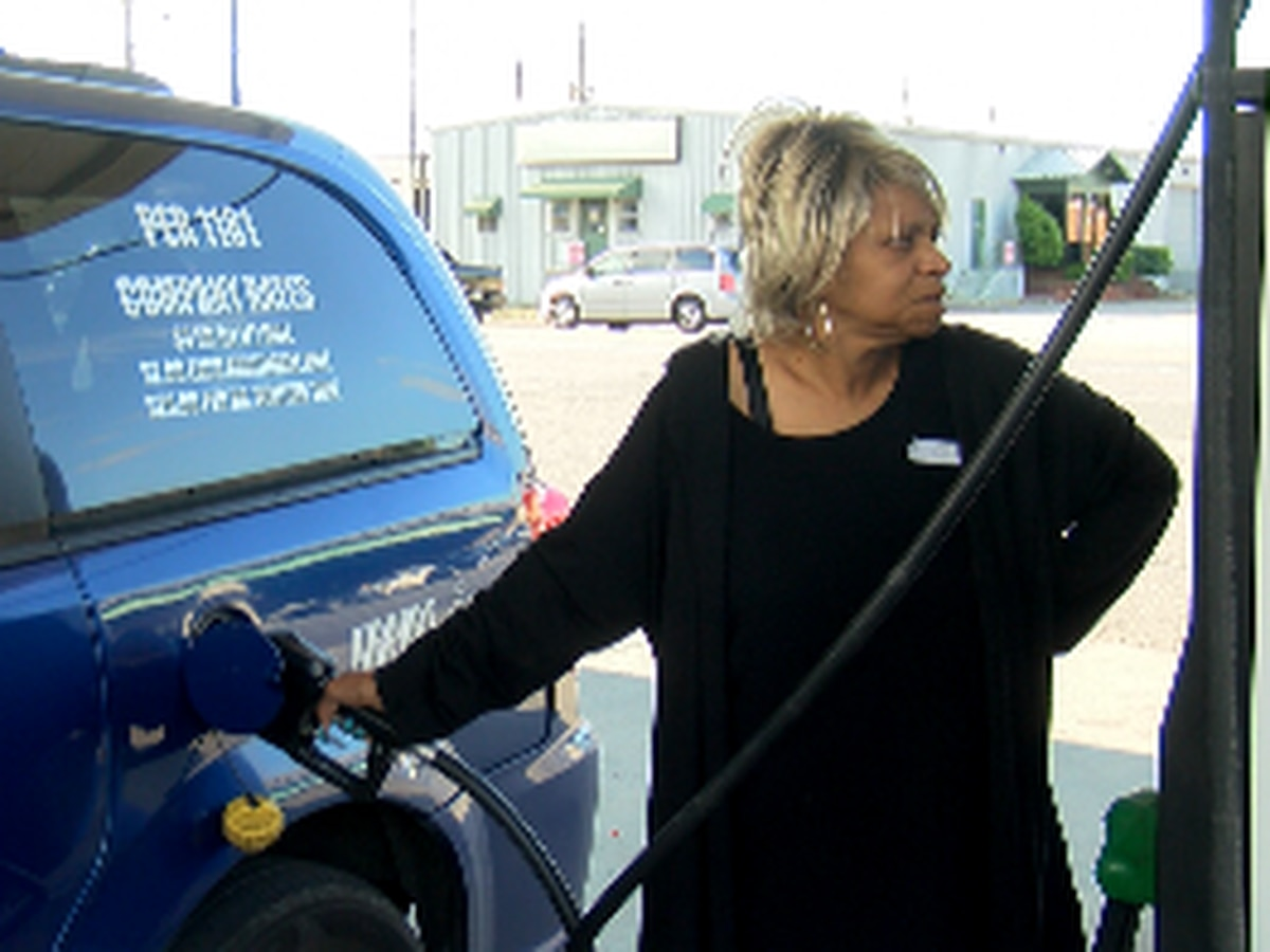 Huntsville taxi driver relieved pipeline is back up