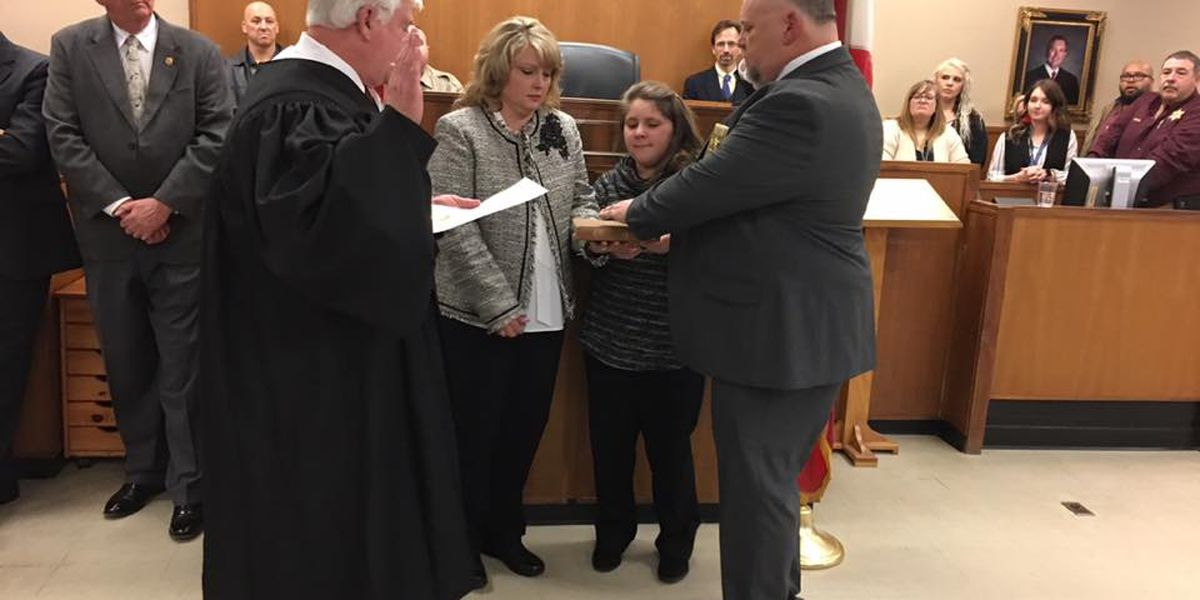 Phil Sims sworn in as new Marshall County sheriff