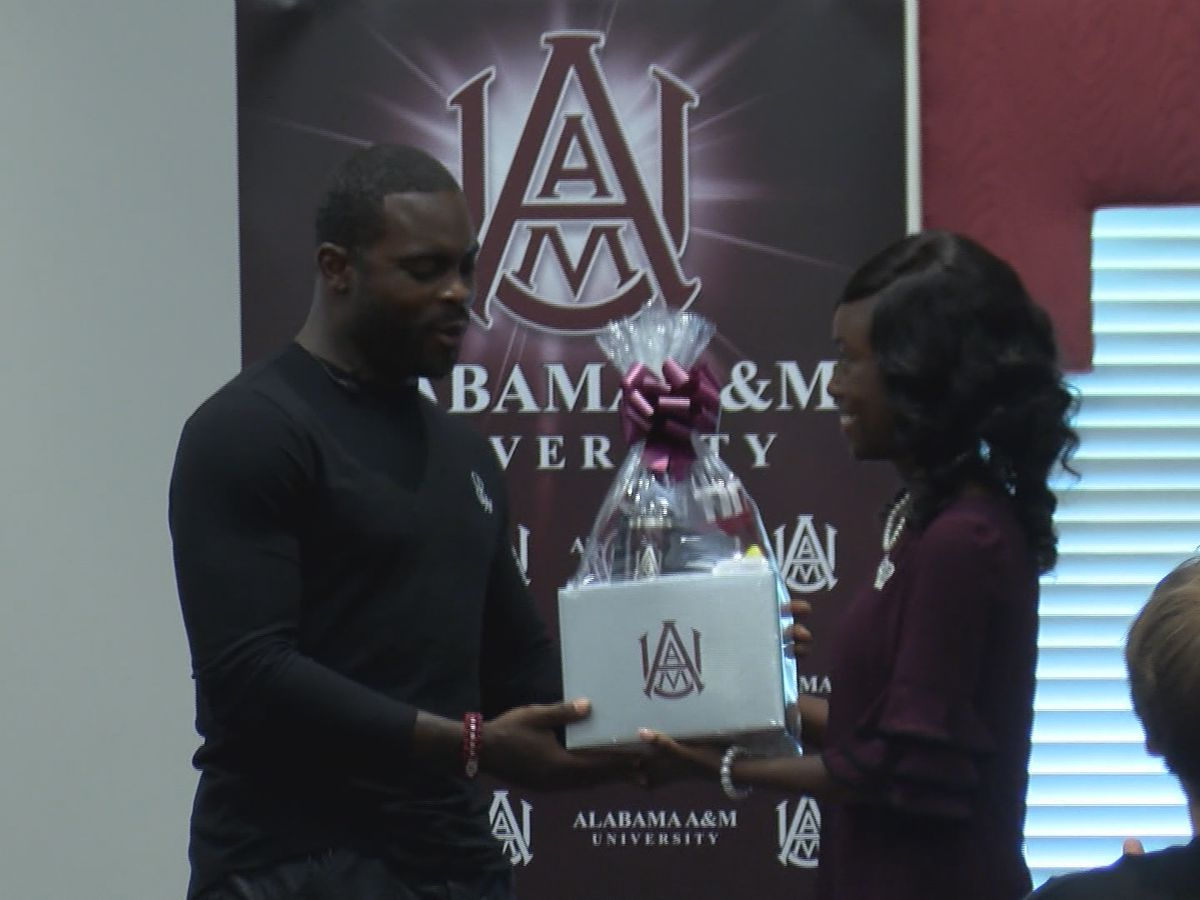 'Second chances mean everything': Former NFL star Michael Vick speaks to AAMU students