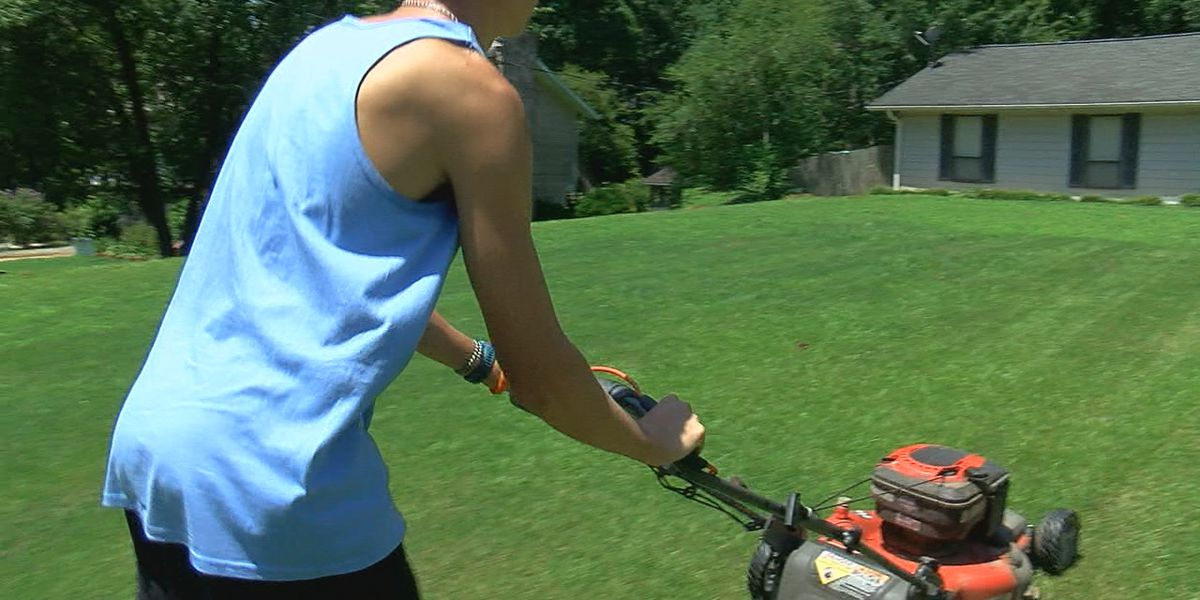 Hewitt-Trussville boys cross country team starts free lawn service for those in need