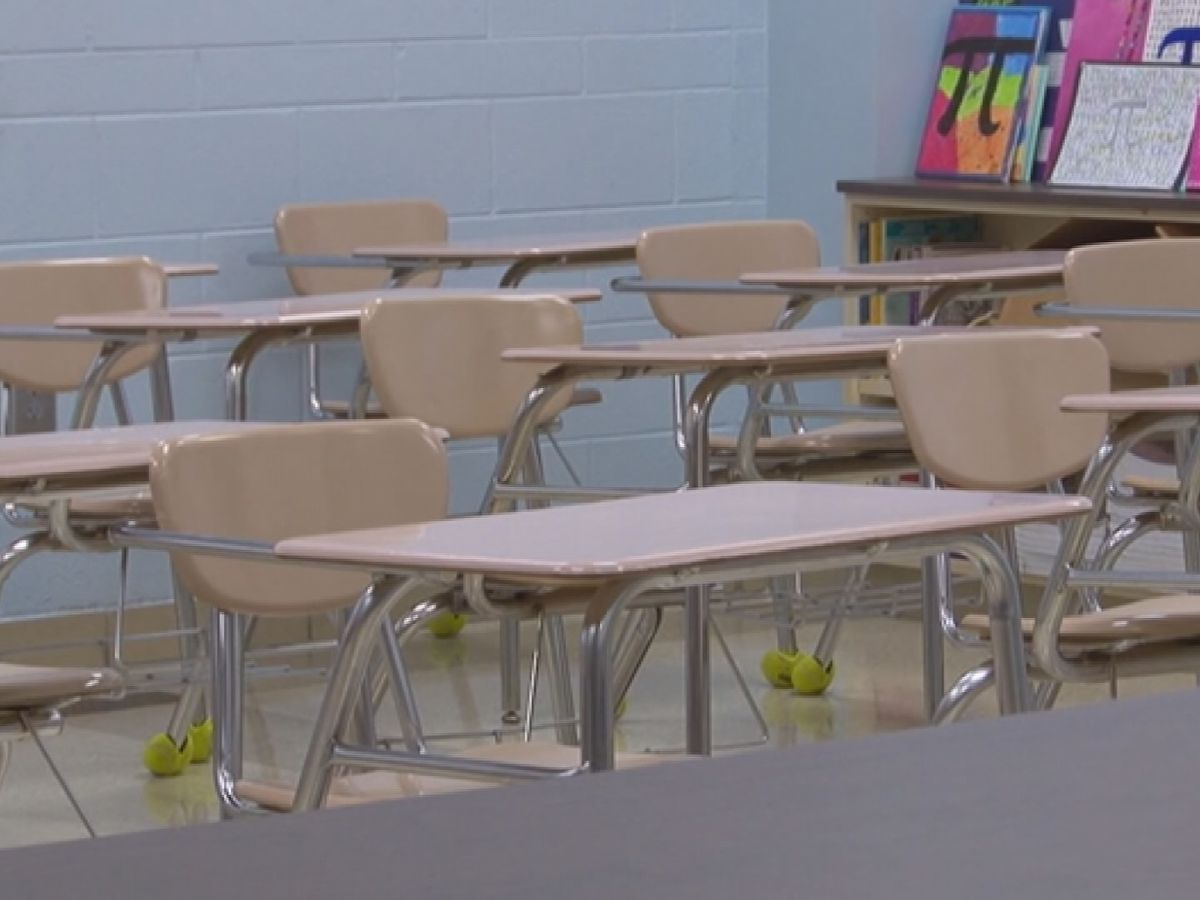 Report: Alabama bill would expand time for non-certified teachers