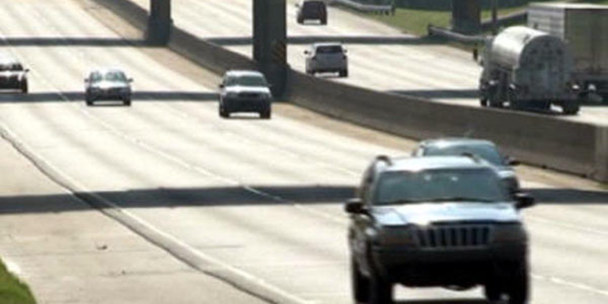 House approves fines for left-lane lingering drivers