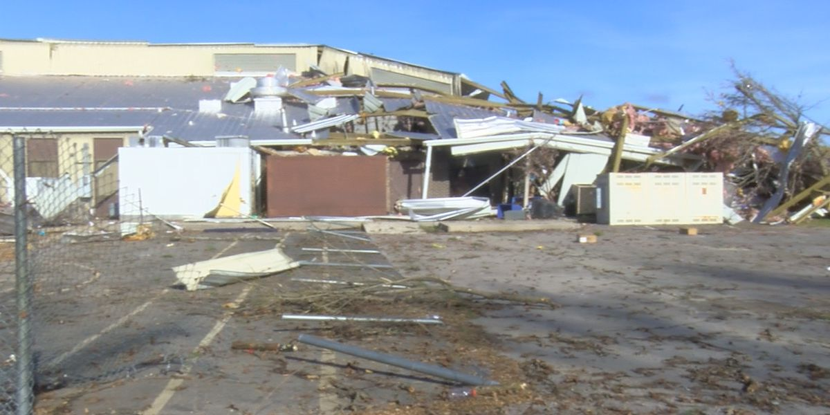 Parents respond to the aftermath of EF-2 tornado that hit Brindlee Mountain Primary School
