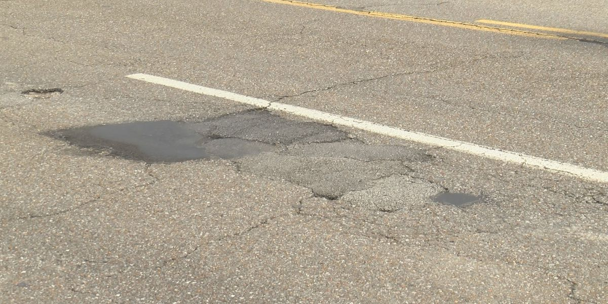 Huntsville mayor recommends surplus $420K for road repaving; city to choose streets