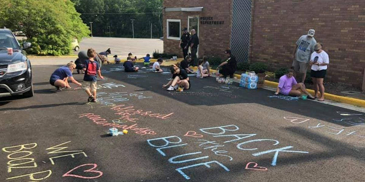 "Boaz Police Parking lot chalked in messages ""Backing The Blue"""