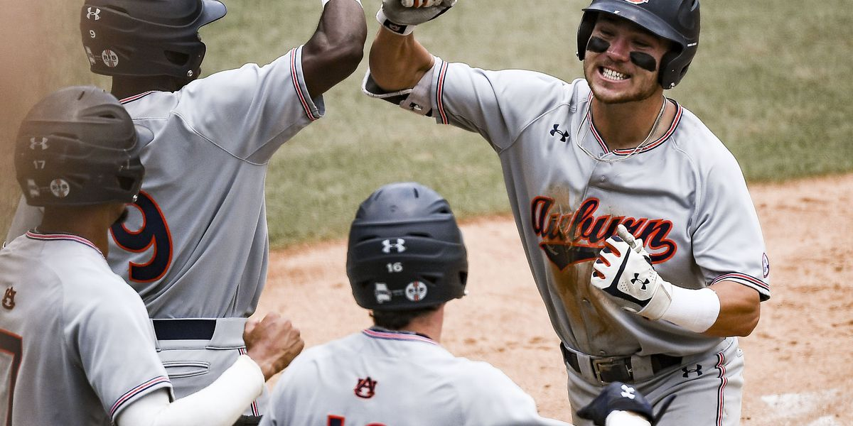 Auburn takes down UNC 14-7, heads to College World Series