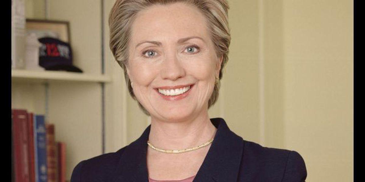 Poll: Giuliani, Clinton lead presidential race