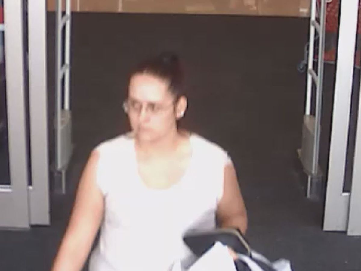 Decatur police asking for help identifying person in credit card theft