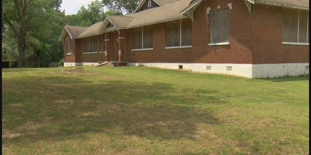 Old Boaz Elementary sold; new owner plans to turn school into apartments