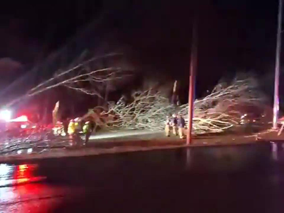 JeffCo EMA: PLEASE stay out of Fultondale, multiple people injured in deadly tornado