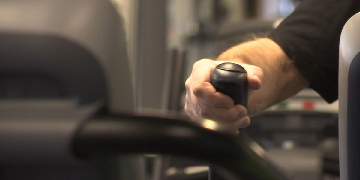 Health experts: Working out at home is still the safest option