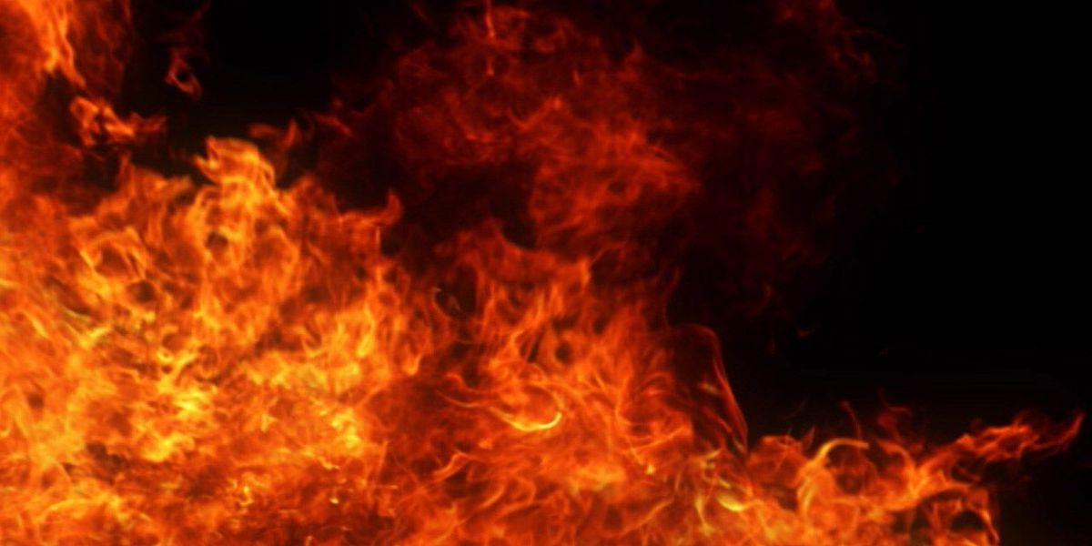 2 injured in Athens mobile home fire