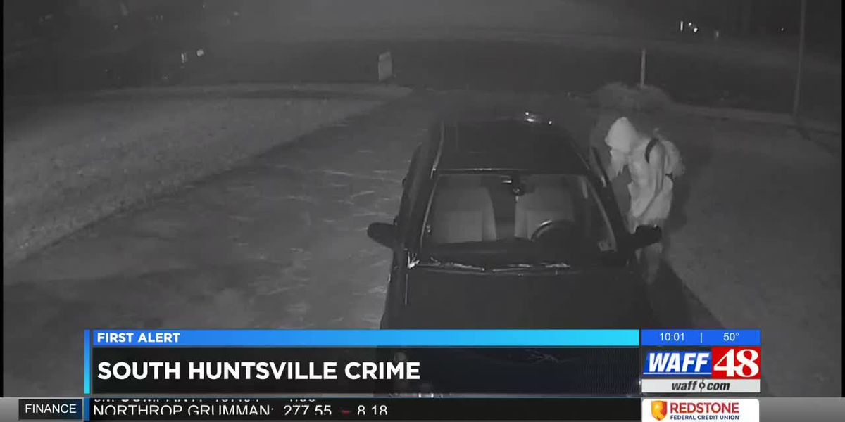 Multiple vehicles broken into in south Huntsville