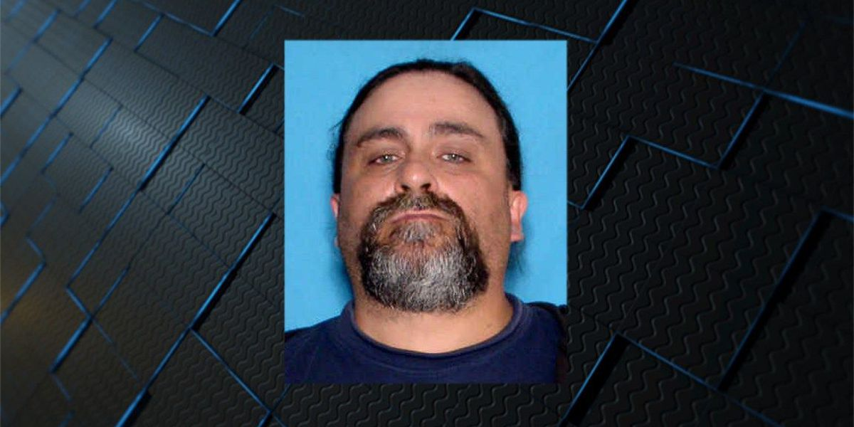 Decatur police searching for man accused of forging checks
