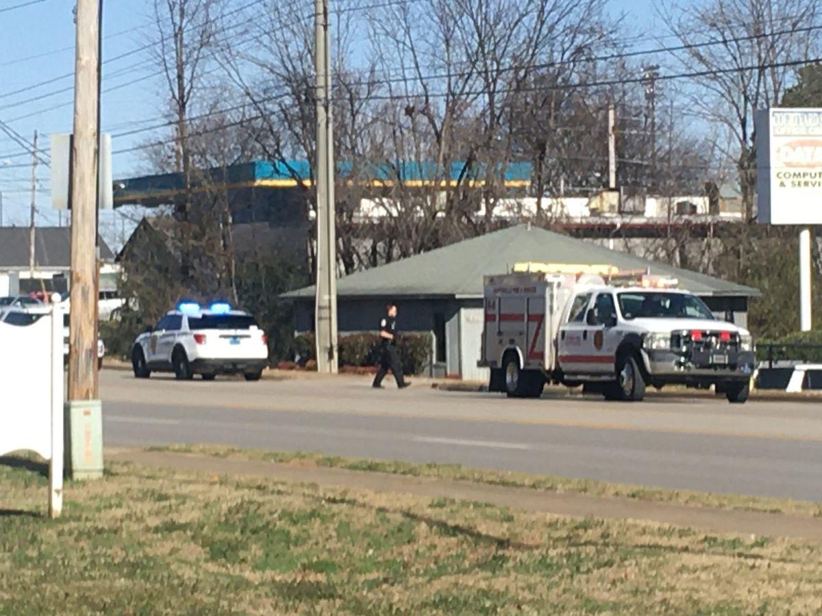 Huntsville Police investigating stabbing near Drake Avenue and Triana Blvd