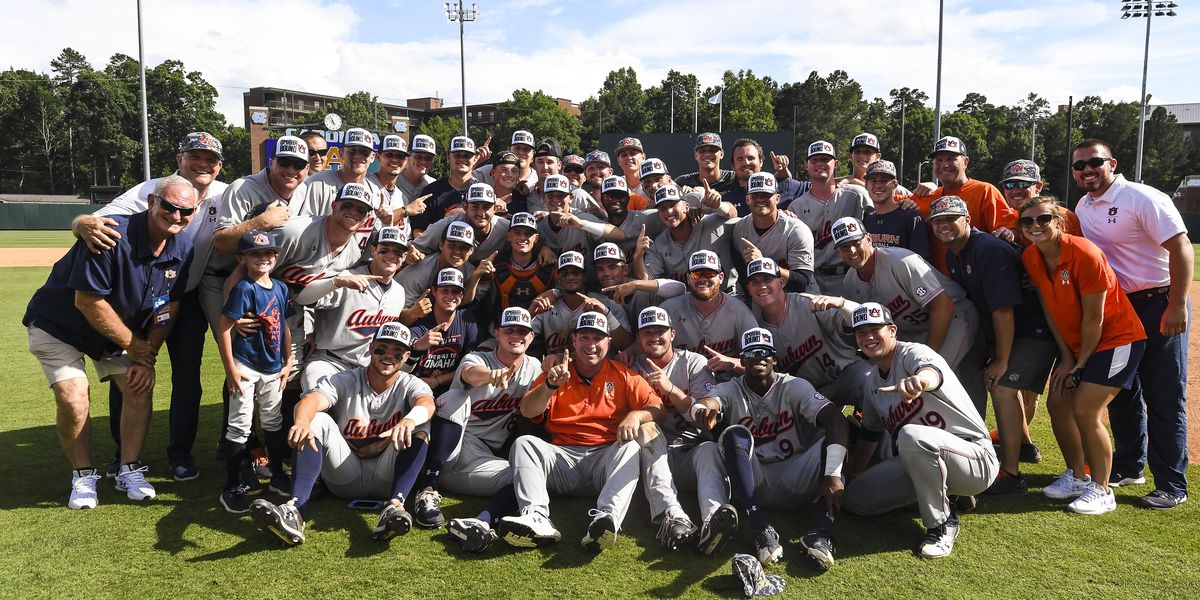 Auburn departs for Omaha, first College World Series since 1997