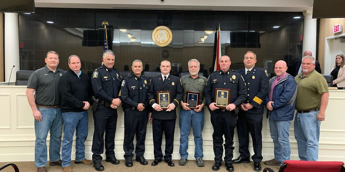 Law enforcement officials honored after Jackson County marina fire