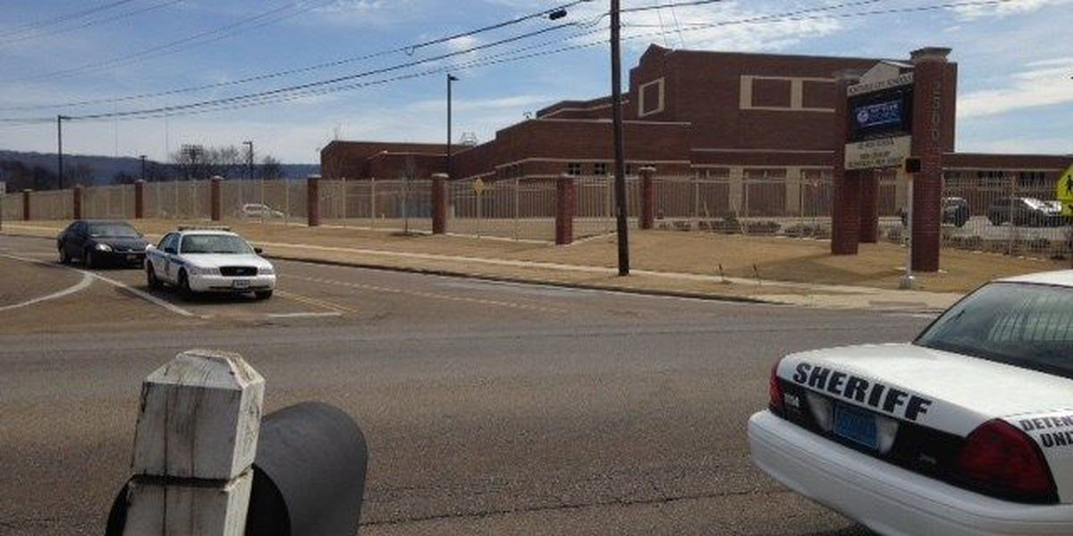 1 student arrested, lockdown lifted at Lee High School