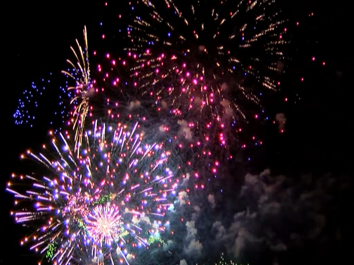 Experts offer ways to cope with PTSD during Fourth of July fireworks