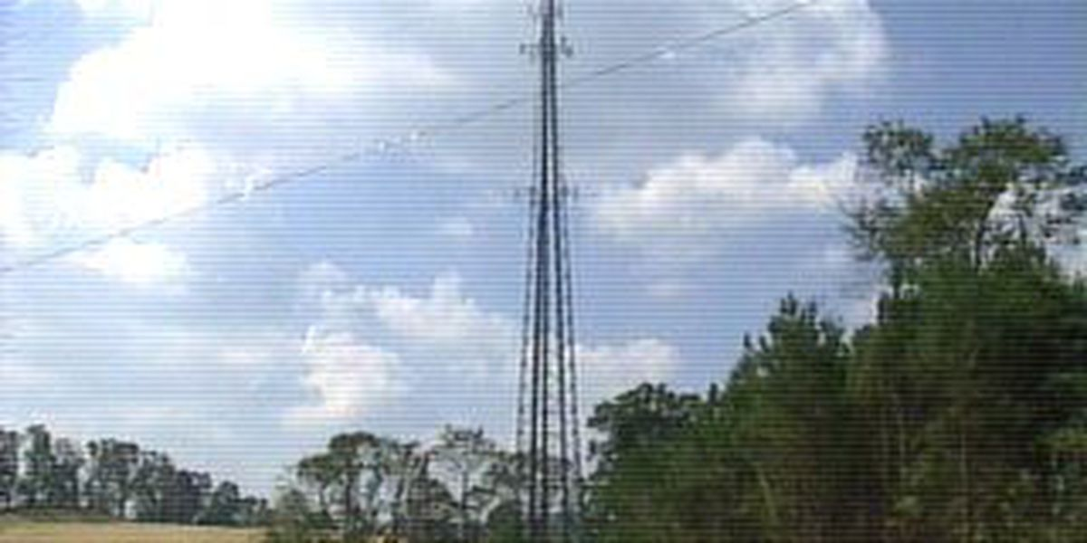 Thieves target cell phone towers