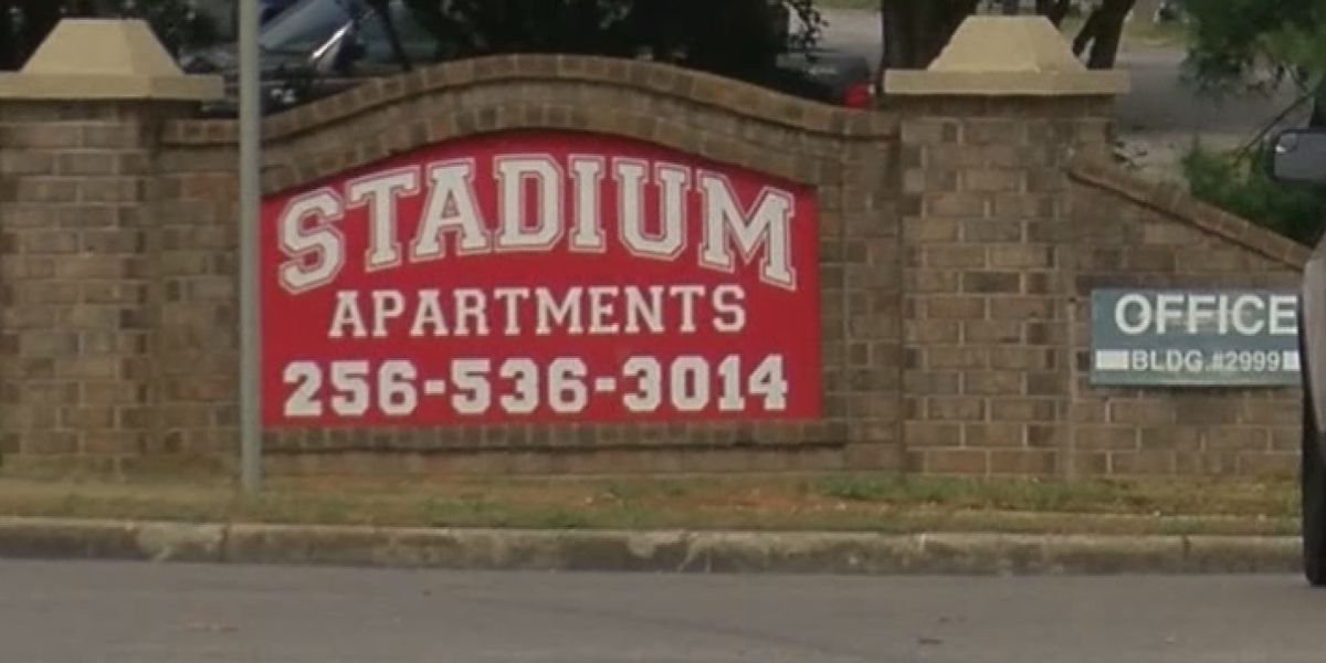 Mother says Huntsville apartment complex took advantage of teen son, won't give money back